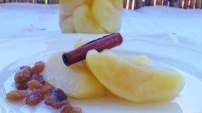 Σπιτική συνταγή για κομπόστα μήλου με άρωμα κανέλας