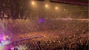 Σοκαριστικές εικόνες στην Βρετανία: Λαοθάλασσα σε συναυλίες εν μέσω κορωνοϊού