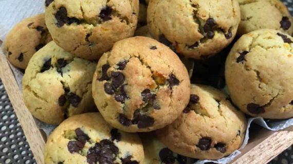 Αφράτα, νηστίσιμα μπισκότα πορτοκαλιού με σοκολάτα
