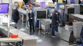 Υποχρεωτική καραντίνα σε όσους επιστρέφουν από εξωτερικό-Πρόστιμο 5000 ευρώ αν βγαίνουν έξω