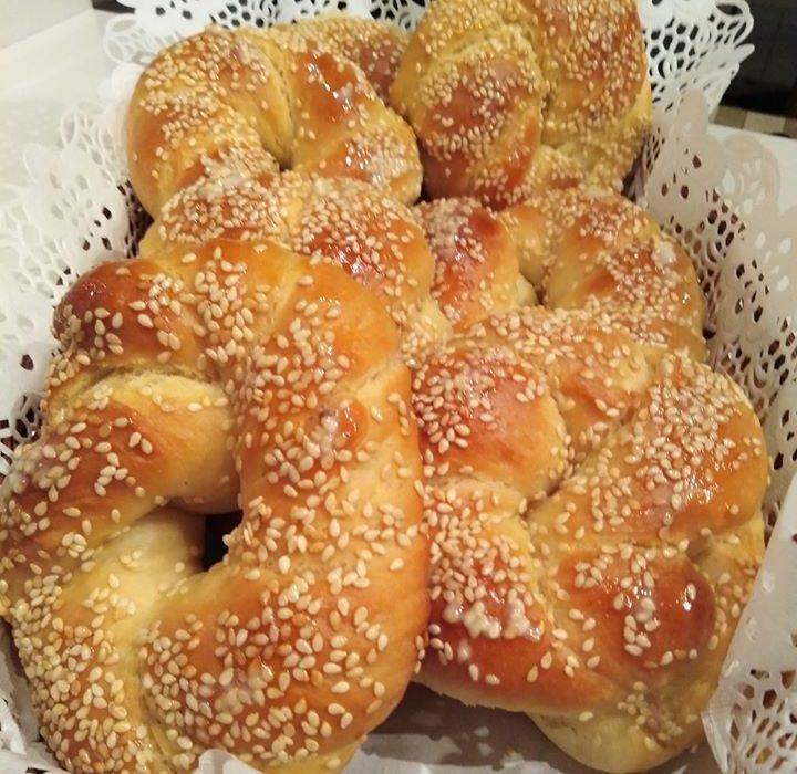 Αφράτα γλυκά κουλούρια με μέλι και σουσάμι-Ιδανικά για παιδιά