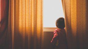 Μέσα σε μιά στιγμή αλλάξε ο κόσμος των παιδιών μας