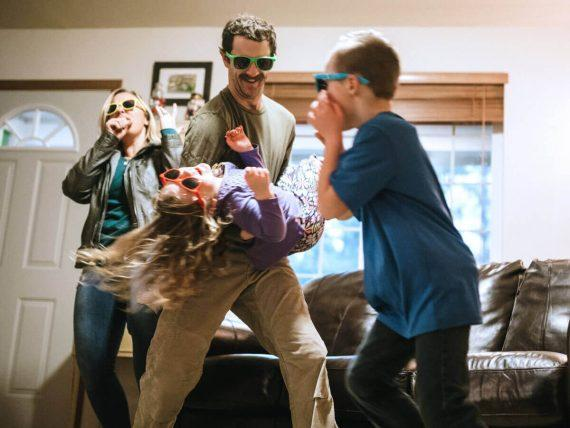 Μένουμε Σπίτι: 8 διασκεδαστικές λύσεις για εσένα και την οικογένειά σου όσο βρίσκεστε σε καραντίνα!