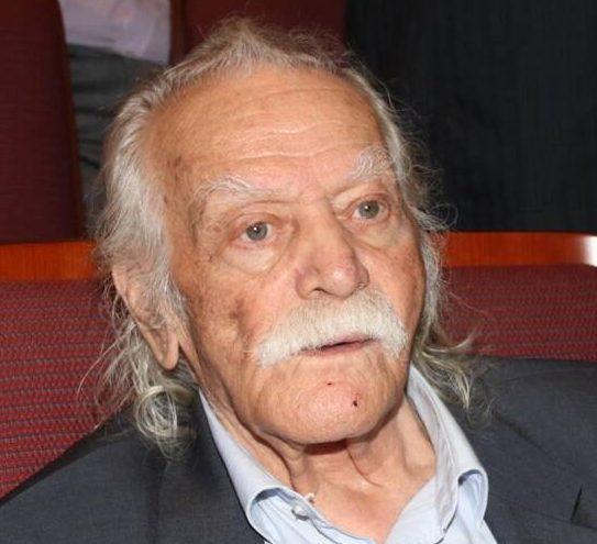 Πέθανε ο Μανώλης Γλέζος
