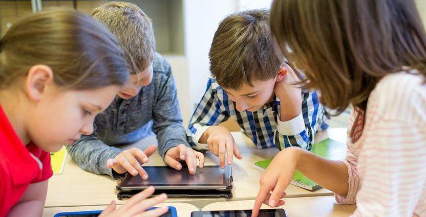 Τηλεκπαίδευση: Δωρεάν φορητοί υπολογιστές σε μαθητές που δεν έχουν!