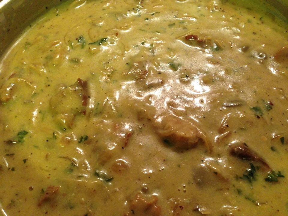 Στρογκανόφ με χοιρινό: Χοιρινό με μανιτάρια και σάλτσα γιαουρτιού!