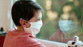 Μάσκες: Που είναι υποχρεωτικές και που όχι-Οι κίνδυνοι στις υφασμάτινες μάσκες που πρέπει να προσέξουμε