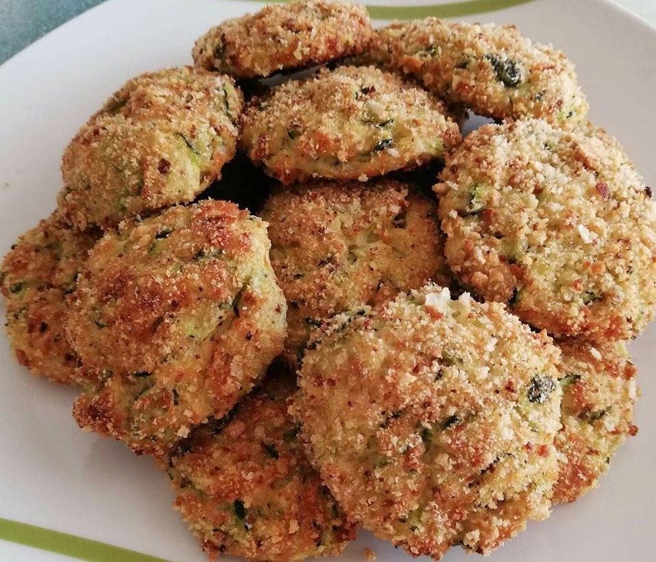 Περίσσεψε κοτόπουλο; Φτιάξτε μπιφτέκια με κοτόπουλο & λαχανικά