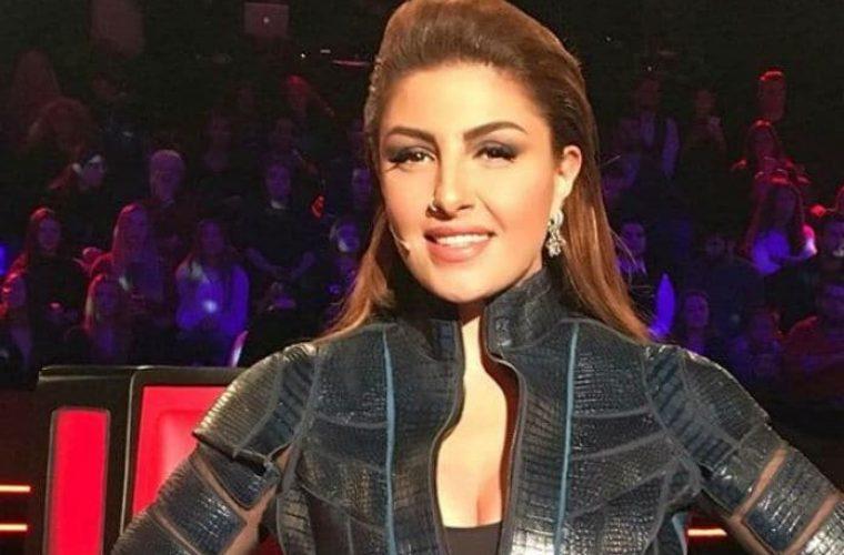 Έλενα Παπαρίζου: Την φωτογραφίζουν εντελώς αμακιγιάριστη σε σούπερ μάρκετ και αυτή τους χαιρετά χαμογελαστή! (εικόνες)
