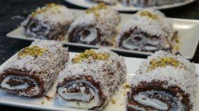 Ρολάκια με καρύδα, σαντιγί και κρέμα σοκολάτας χωρίς ψήσιμο