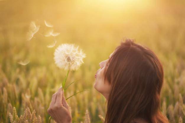 Φρόντισε την ψυχή σου και δώσ'της αγάπη. Μόνο έτσι θα παραμείνει αγνή και γαλήνια...