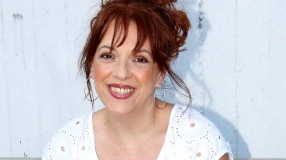 Η Ελένη Ράντου μας συστήνει τη μαμά της: Θα σε εντυπωσιάσει το εκπληκτικό-αυθεντικό της χαμόγελο!
