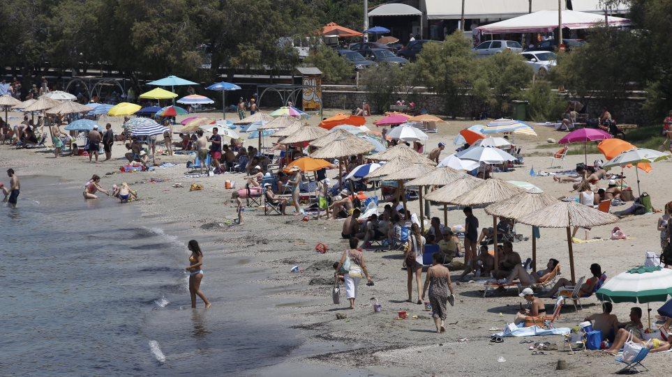 ΠΑΚΟΕ: Όλη η λίστα με τις ακατάλληλες παραλίες για μπάνιο στην Αττική το 2020