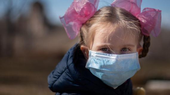 Η νόσος που μοιάζει με την Kawasaki προσβάλλει τα παιδιά με κορονοϊό! Πως συνδέονται;