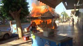 Συμβαίνει τώρα: Φωτιά σε περίπτερο στην Αθήνα - Βίντεο την ώρα που καίγεται