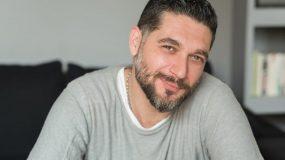 Πάνος Ιωαννίδης: Η απίθανη selfie με Τανιμανίδη- Μπόμπα στη Σαντορίνη! (εικόνα)