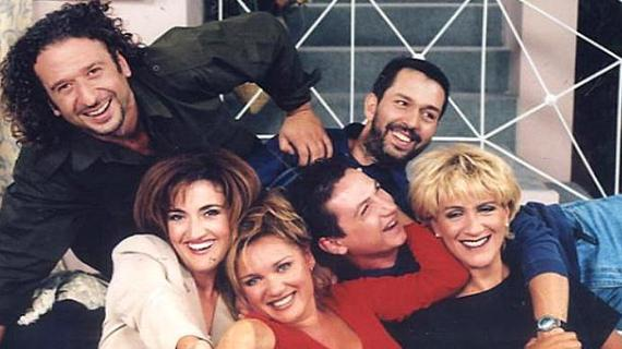 Εγκλήματα: Οι λόγοι που αγαπήσαμε αυτή την κορυφαία ελληνική σειρά & οι καλύτερες ατάκες!