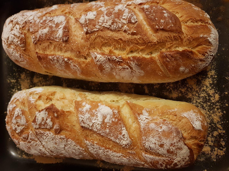 Ζυμωτό ψωμί με καλαμποκάλευρο