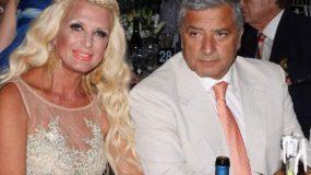 Γιώργος και Μαρίνα Πατούλη: Ποζάρουν με τα μαγιό τους με φόντο το ηλιοβασίλεμα! (εικόνα)