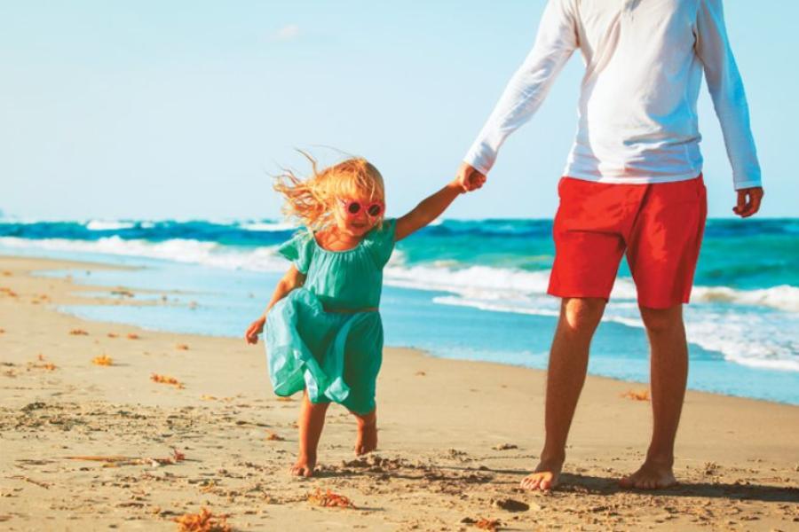 Τα παιδιά κάποια στιγμή θα κάνουν διακοπές μόνα τους! Μέχρι τότε χάρισε τους υπέροχα Καλοκαίρια!