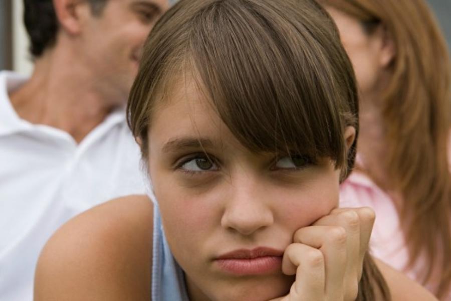 Με τον σύντροφό μου πρόκειται να παντρευτούμε όμως τα παιδιά του είναι εμπόδιο & δεν τα θέλω!