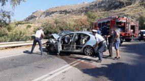 Τραγικό τροχαίο στη Κρήτη: Ξεκληρίστηκε οικογένεια – Νεκρές μητέρα και κόρη