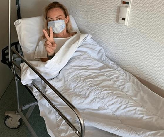 Στο νοσοκομείο η Ρουλά Ρέβη: Μην αμελείτε τις εξετάσεις σας