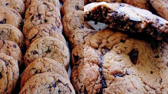 Συνταγή για μαλακά μπισκότα cookies με κομμάτια σοκολάτας! Χωρίς μίξερ!