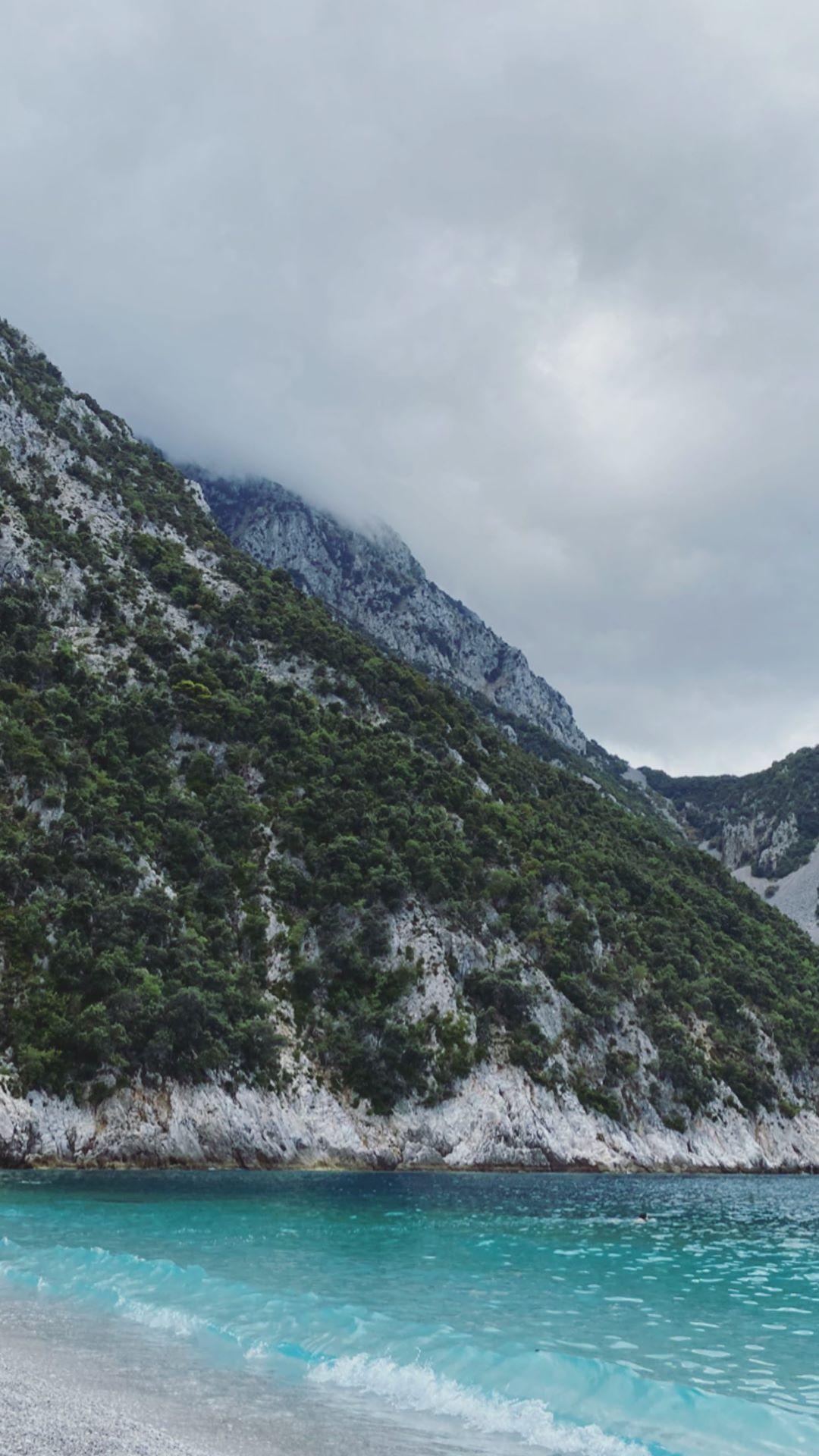 Έλλη Κοκκίνου: Διακοπες στην Εύβοια με τις κολλητές της! [pics]