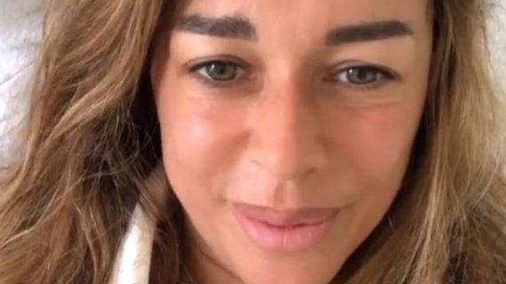 Δακρυσμένη η Έρρικα Πρεζεράκου στο πρώτο της βίντεο μετά το χειρουργείο