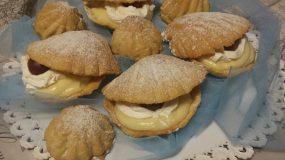 Μπισκότα κοχύλια γεμιστά με λεμόνι & σοκολάτα γάλακτος!