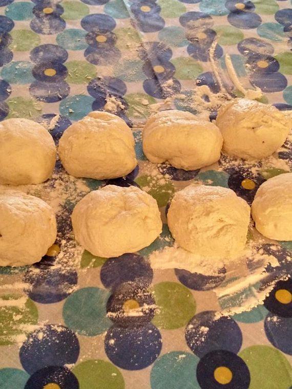 μπαλάκα ζύμη για πίτα μαργαρίτα