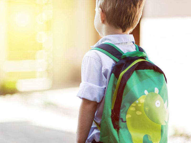 Όταν το παιδί πάει σε καινούργιο σχολείο: Έτσι θα το βοηθήσετε να προσαρμοστεί