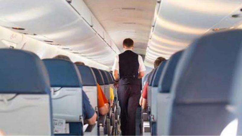 Εκκενώθηκε πτήση επειδή δίχρονο παιδί δεν μπορούσε να βάλει μάσκα
