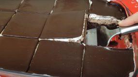 Σοκολατένιο γλυκό ψυγείου σαν πάστα ταψιού χωρίς ζαχαρουχο.