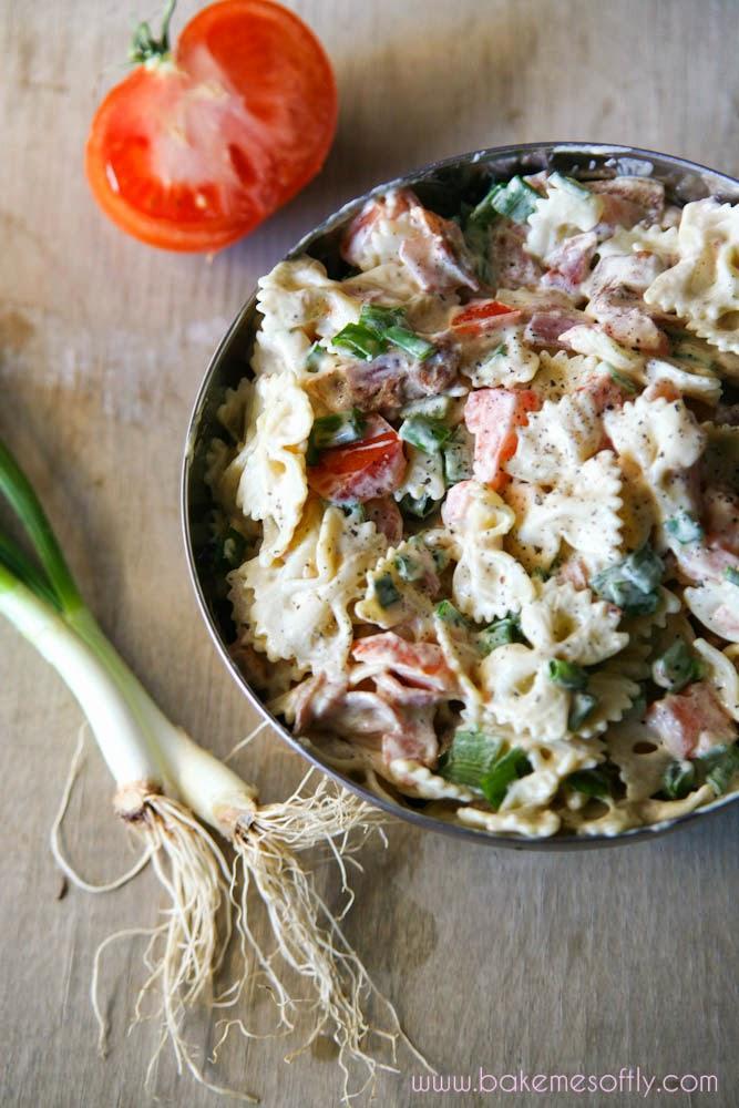 Δροσερή & νόστιμη σαλάτα ζυμαρικών με μπέικον, μουστάρδα & λευκό ξύδι!