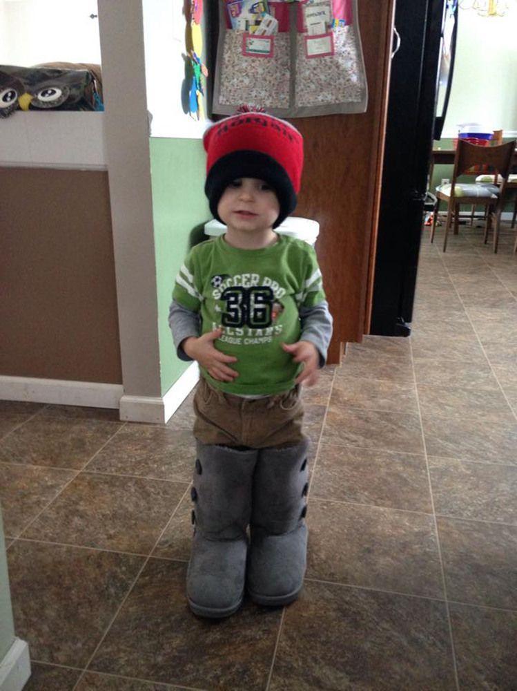 Τι συμβαίνει όταν αφήνουμε τα παιδιά να ντυθούν μόνα τους; Δείτε 14+1 ξεκαρδιστικές εικόνες!