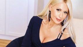 Μαρία Μπακοδήμου: Ποζάρει με την στιλάτη μητέρα της και κλέβουν τις εντυπώσεις! (εικόνα)