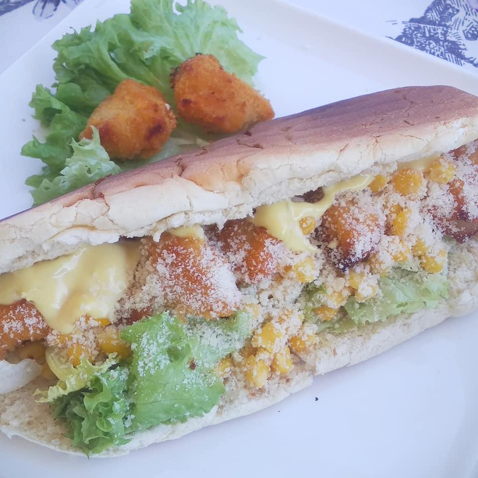 Caesar σάντουιτς με κοτομπουκιές