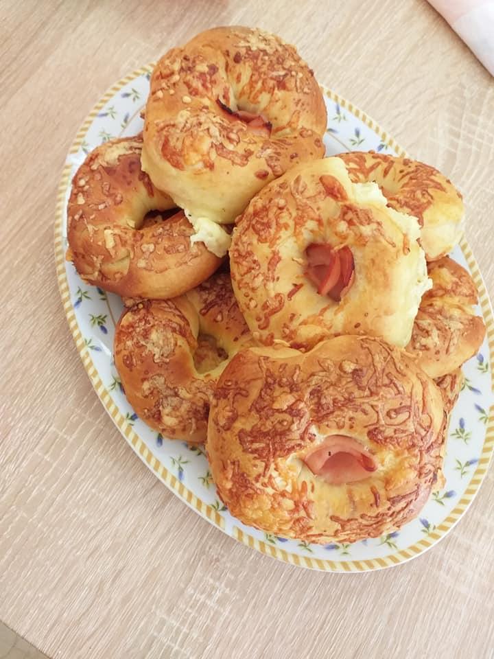 Back to school: Ψωμάκια με τυρί κρέμα, τυριά και γαλοπούλα