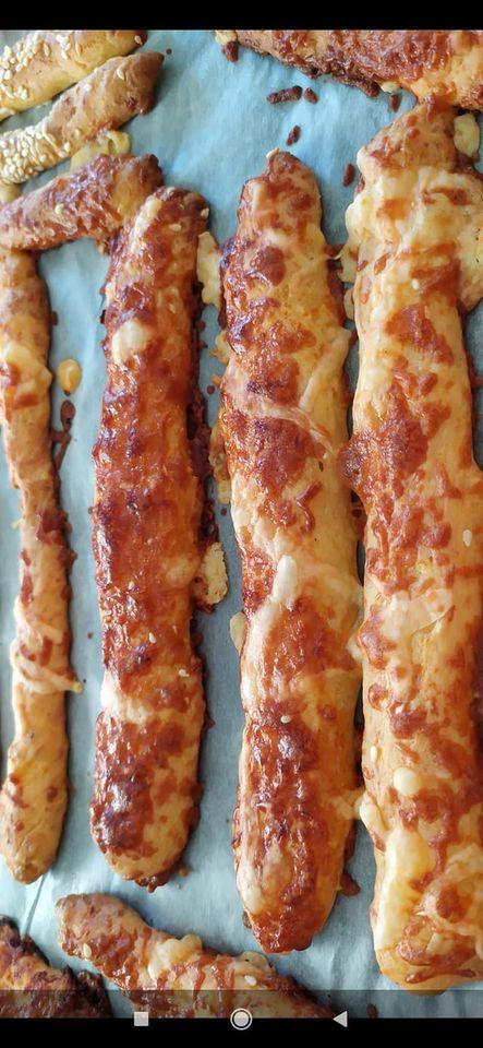 Συνταγή για φανταστικά κριτσίνια με γεύση πίτσα