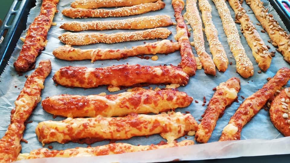 Συνταγή για κουλούρια με γεύση πίτσα από τη Γκόλφω Νικολού