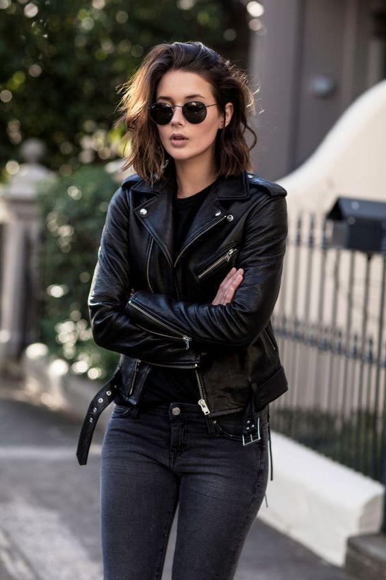 Biker jacket: με τζιν παντελόνι