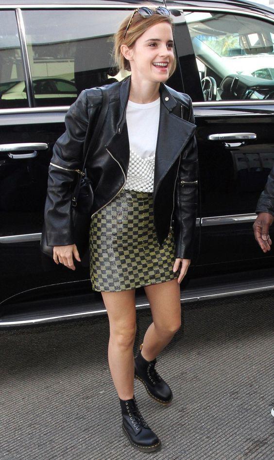 Biker jacket:με μίνι φούστα