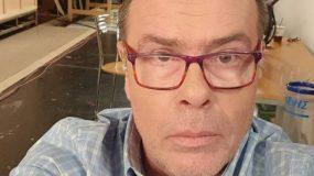Δημήτρης Παπανώτας: «Σφάζει» Ανδρέα Μικρούτσικο, Χάρη Βαρθακούρη και παραγωγή του «Big Brother»