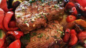 Φιλέτο τόνου σβησμένο με ούζο, σάλτσα βινεγκρέτ & φινόκιο!