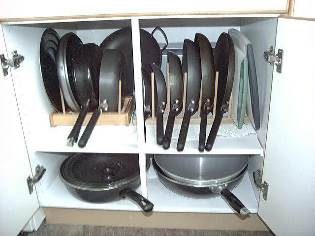 15 τρόποι να οργανώσεις τα τηγάνια & τις κατσαρόλες σου στα ντουλάπια της κουζίνας!