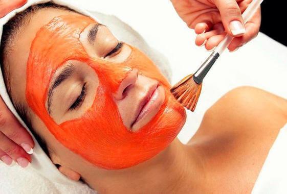 μάσκα με καρότο, μέλι και πορτοκάλι