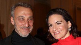 Φουλ ερωτευμένοι: Η Όλγα Κεφαλογιάννη και ο Μίνωας Μάτσας σε παράσταση πιασμένοι χέρι χέρι! (εικόνες)