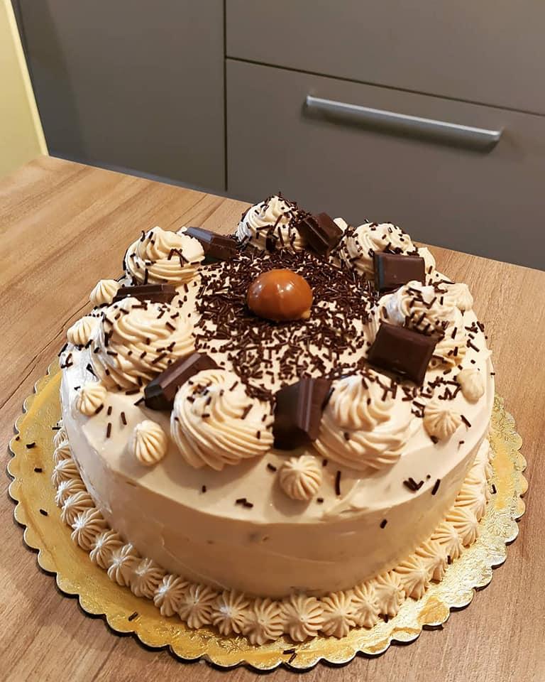 τούρτα με σοκολάτα και καραμέλα!